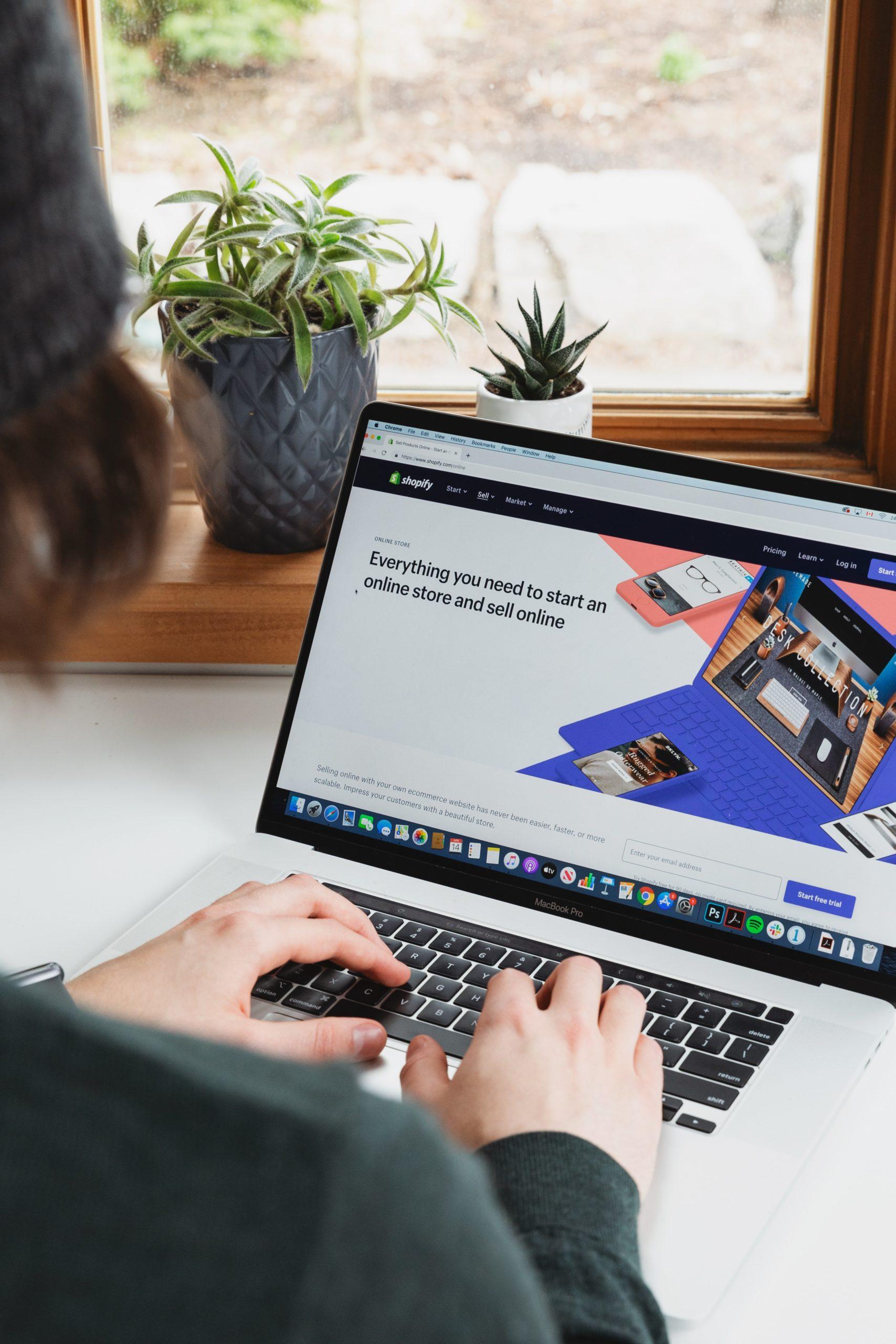 Le partenariat Shopify et Tiktok arrive en Europe